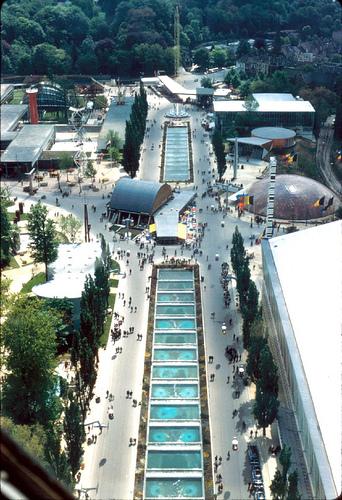 Zicht op de Expo vanuit het Atomium - Vue sur l'Expo depuis l'Atomium
