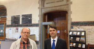 Eddy Desmet en zijn advocaat Hans Van de Cauter - Eddy Desmet et son avocat Hans Van de Cauter; foto-photo Radio 2